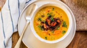 طرز تهیه سوپ عدس و گوجه فرنگی