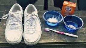 شستن کفش های کتانی