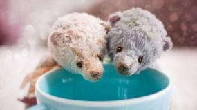 ساخت عروسک های تدی خرسه و بانی خرگوشه به صورت دستی توسط هنرمند روس