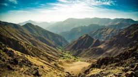قله ها و دره ها