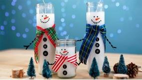 ساخت شمع تزئینی با ظاهر آدمبرفی برای کریسمس
