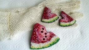 طراحی خلاقانه جواهرات و بدلیجات با الهام از شکل و رنگ هندوانه و انار