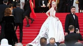 بهترین لباس های ستارگان سینما در مراسم فرش قرمز فستیوال فیلم کن 2017