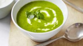 طرز تهیه سوپ خوشمزه و مغذی شاهی آبی