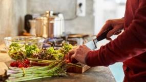 برای پیشگیری از کرونا چه مواد غذایی بخوریم؟