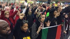 تجمع مسلمانان در فرودگاه دنور
