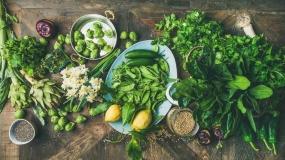 انواع میوه و سبزی در فصل بهار