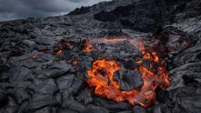 عکاسی از آتشفشان با استفاده از پهپاد