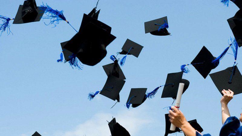 فارغ التحصیلان ثروتمند