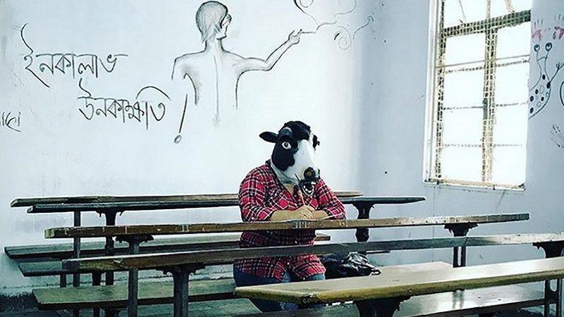 استفاده زنان هندی از ماسک گاو