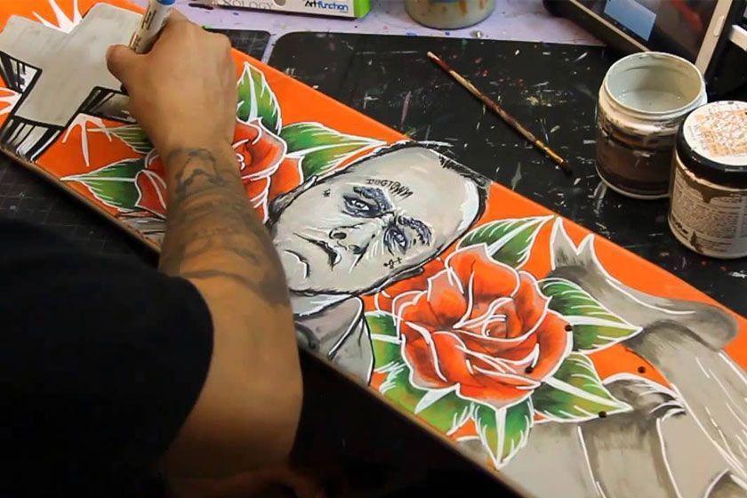 نقاشی روی تخته اسکیت برد