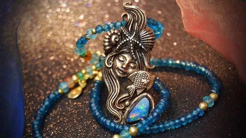 تبدیل قصه های مادبزرگ به جواهرات فانتزی زیبا