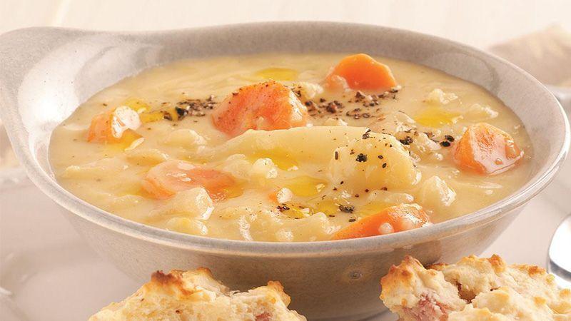 طرز تهیهی سوپ سیبزمینی با پنیرخامهای