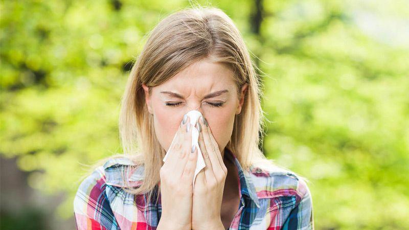 8 مادهی مفید طبیعی که شما را برای مقابله با علائم  آلرژی آماده میکند