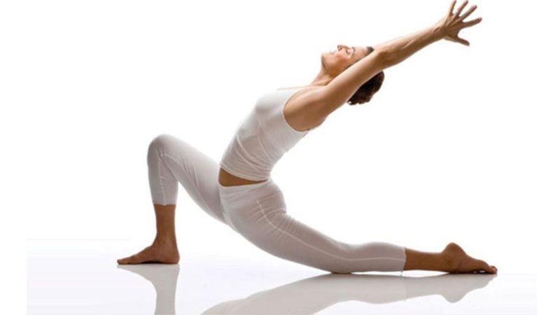 تمرینات کششی مفید برای افزایش انعطافپذیری