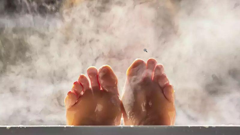 حمام آب گرم چاره ای برای بیخوابی