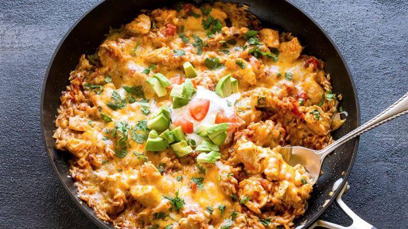 طرز تهیه برنج و مرغ مکزیکی