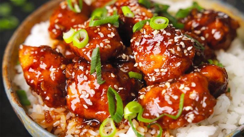 طرز تهیه خوراک مرغ با عسل و کنجد