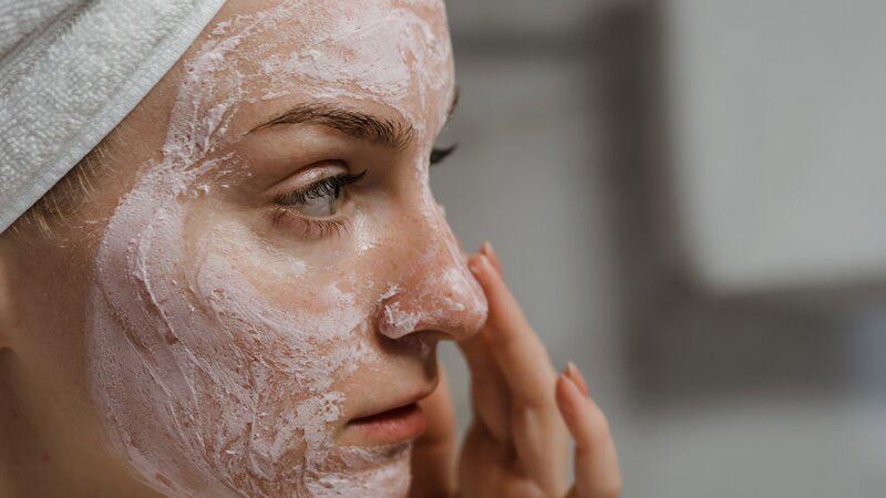 چند مدل ماسک صورت خانگی با اثرات ضد پیری، نرم کننده و روشن کننده