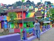 rainbow-village-kampung-pelangi-indonesia-7
