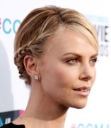 55003e18e47d9-charlize-theron-braids-hg-xl