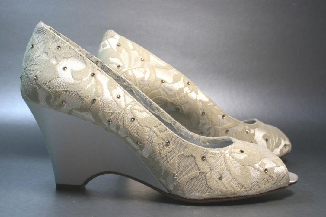 Bridal-Shoes-51