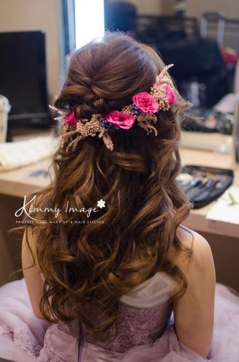 Hair-with-Flower-Arrangment-30
