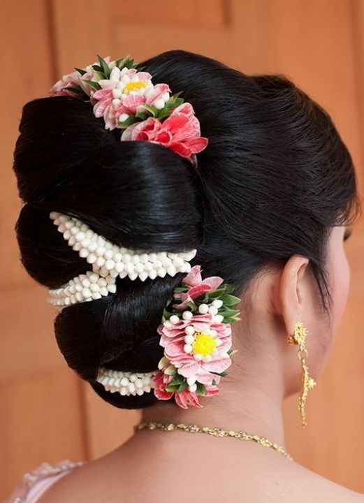 Hair-with-Flower-Arrangment-33
