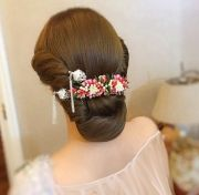 Hair-with-Flower-Arrangment-31