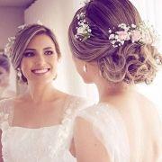 Hair-with-Flower-Arrangment-35