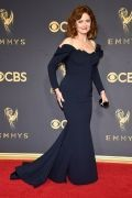 emmys-2017-all-the-looks-ss42