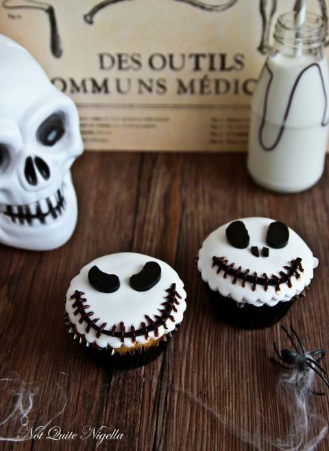 gallery-1466722135-jack-skellington-cupcakes-2-2