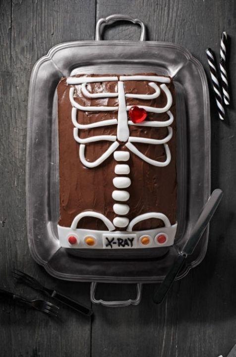 54eacf860aa7f-halloween-cakes-chocolate-skeleton-cake-1011-lgn