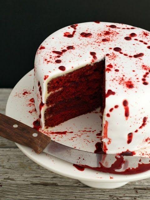 gallery-1438799973-vampire-red-velvet-halloween-cake-13