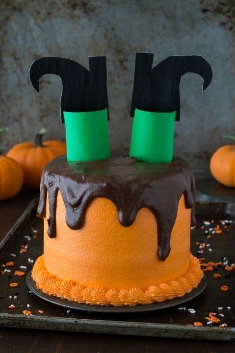 melted-witch-cake-2b