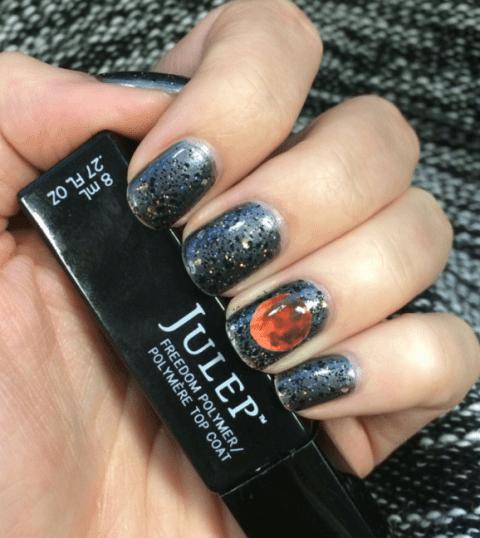 blood-moon-nail-art