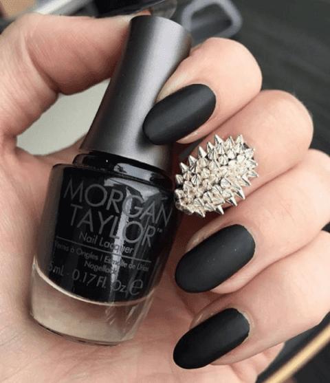 the-daily-nail-halloween-nails