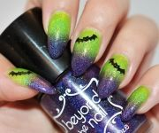 gallery-1470235287-green-and-blue-glitter