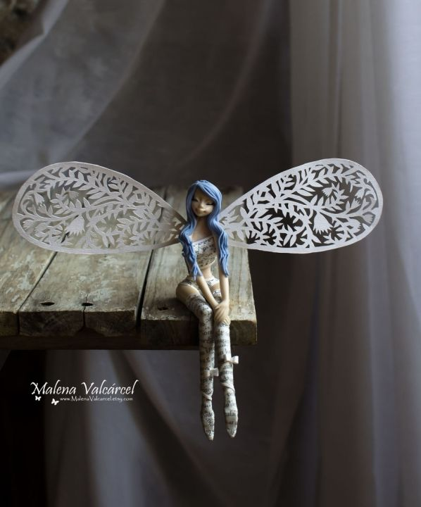 Miniature-Fairy-with-paper-wings-59fef3f64a2d5880