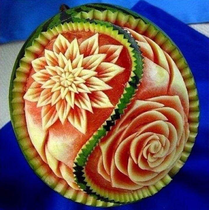 e02559af1a437ccdaf412cfc73313502--watermelon-art-watermelon-carving