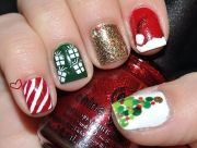 25-Christmas-Nail-Art