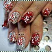30-festive-Christmas-acrylic-nail-designs-28