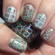 3064dd675a657b5e1d257a479646a19c--xmas-nails-holiday-nails