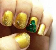 Christmas-nail-polsih-designs-2014