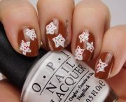 christmas-cookie-nail-art-with-opi-nail-polishes