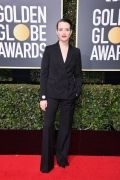 hbz-the-list-golden-globes-2018-claire-foy-1515378035