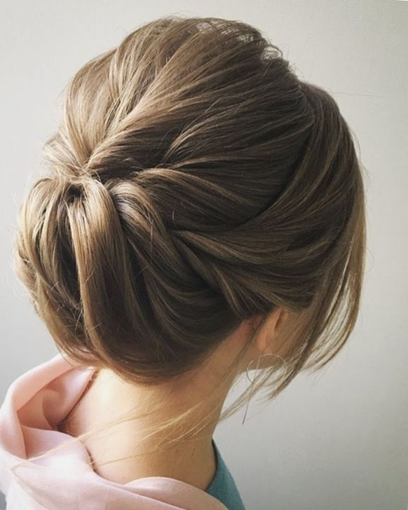 easy-and-pretty-chignon-buns-hairstyles-quick-updo-hairstyles-for-women