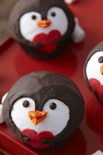 1514994701-penguin-valentines-day-cupcakes