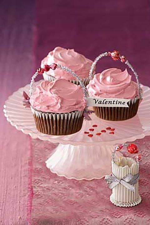 gallery-1484174935-cupcakes-again