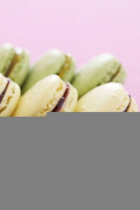 gallery-1484175264-macarons